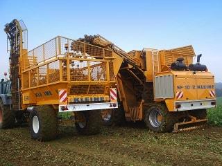 Matériel agricole,  tracteurs, remorques,  outils et accessoires